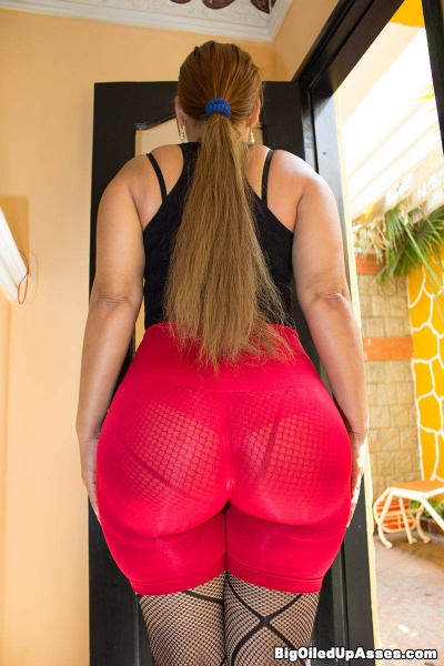 Big butt candids big ass candids 100 sexy girls - 3 part 7