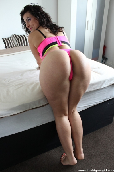 Sexy girls with big asses